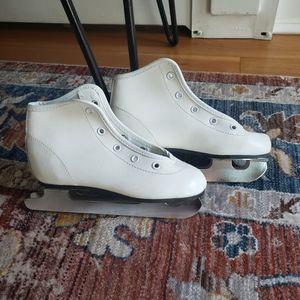 Chicago Girls Ice Skates